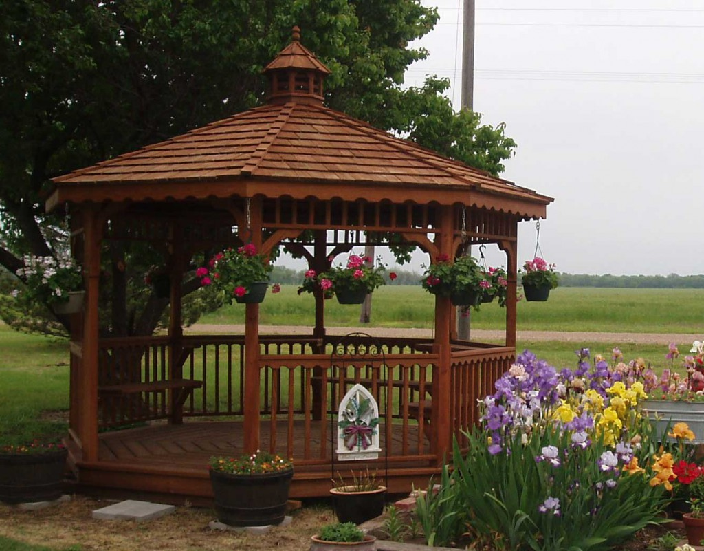 Quality hand-drafted wood gazebos for sale Kansas