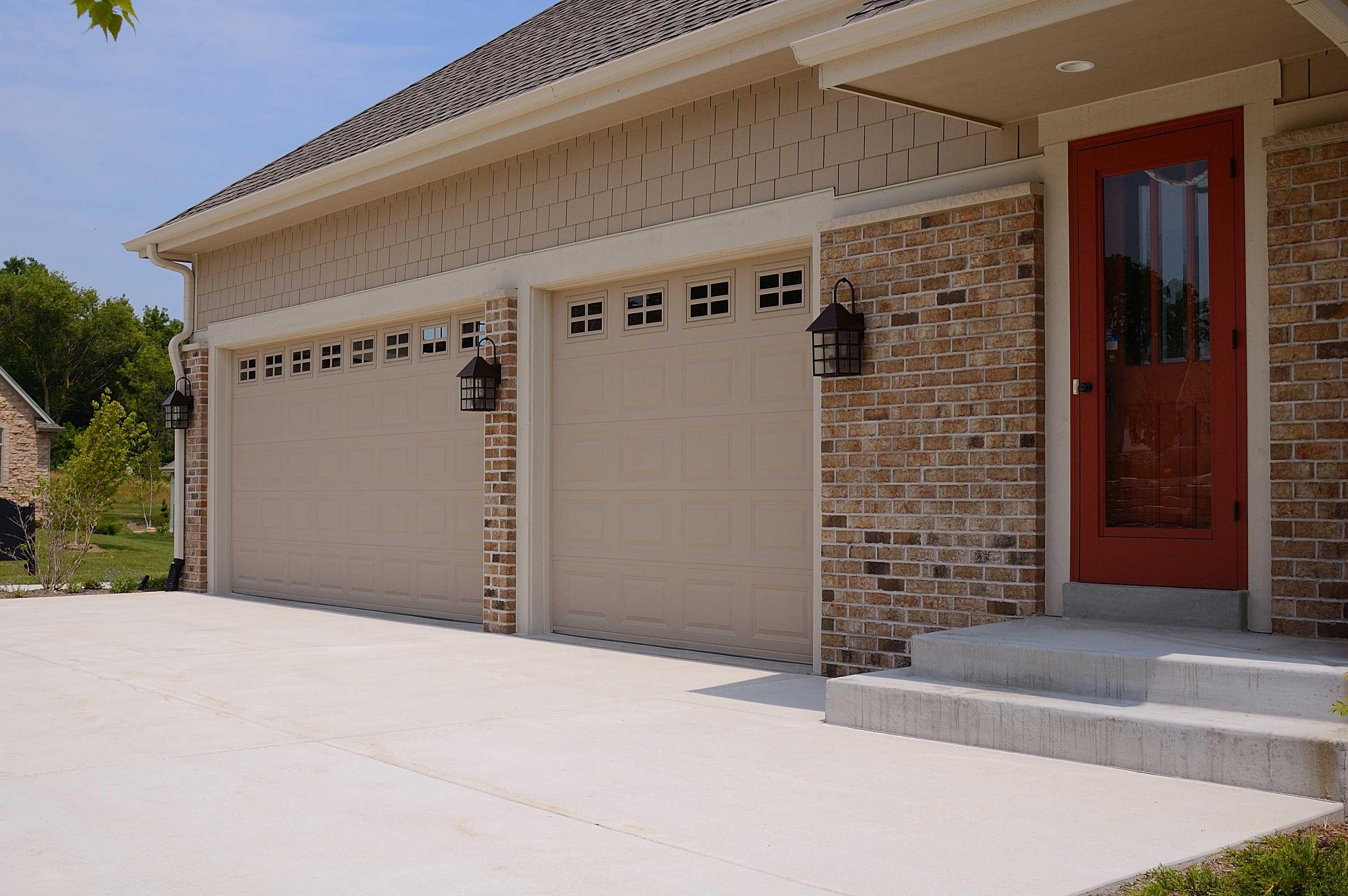 25 gauge raised panel steel - Raised Panel Home 2015