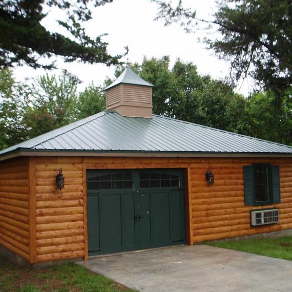 Log-sided-Garage-(2)