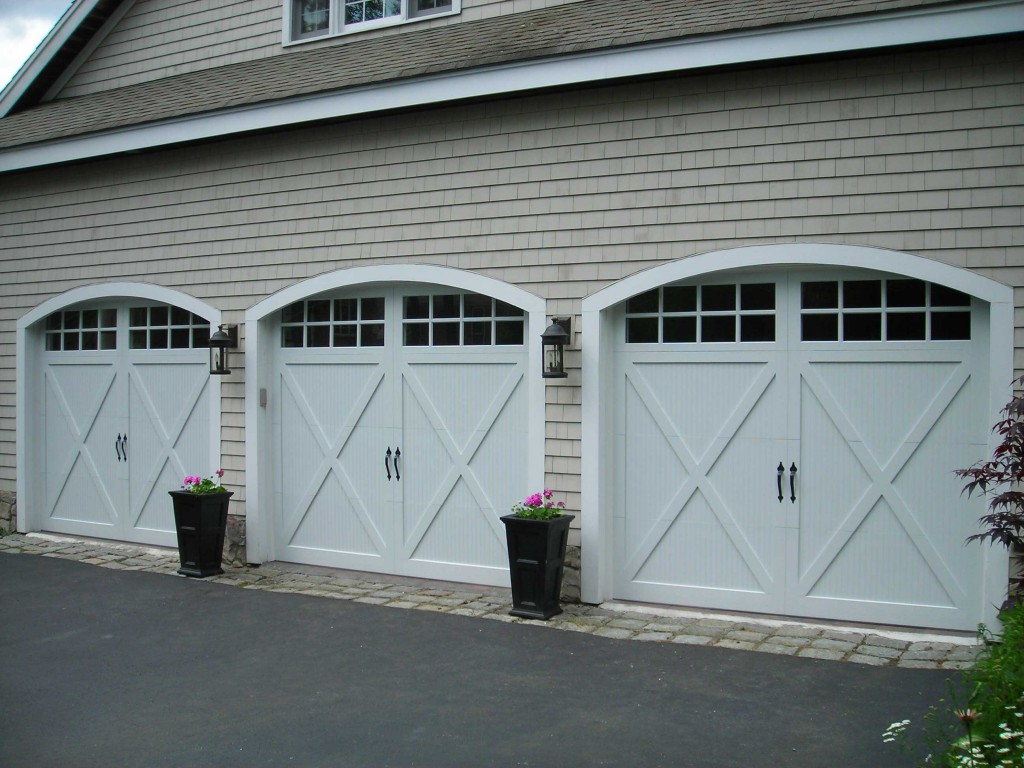 Sturdi-Bilt services garage doors and openers
